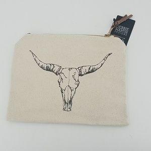 🆕️  Debbie Martin Designs Longhorn Zip Pouch